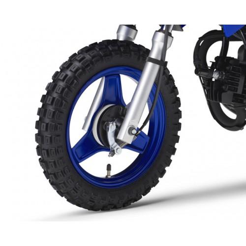 Strong 3-spoke steel wheels